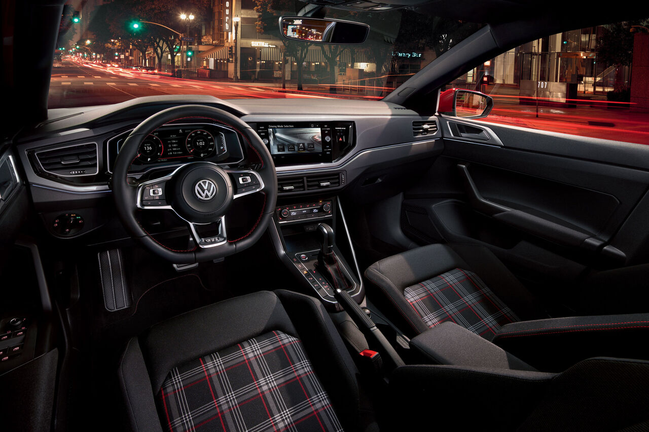 VW Polo GTI Interieur und Cockpit