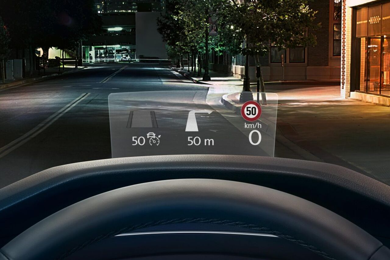 VW Tiguan Allspace Cockpit mit Head-up Display